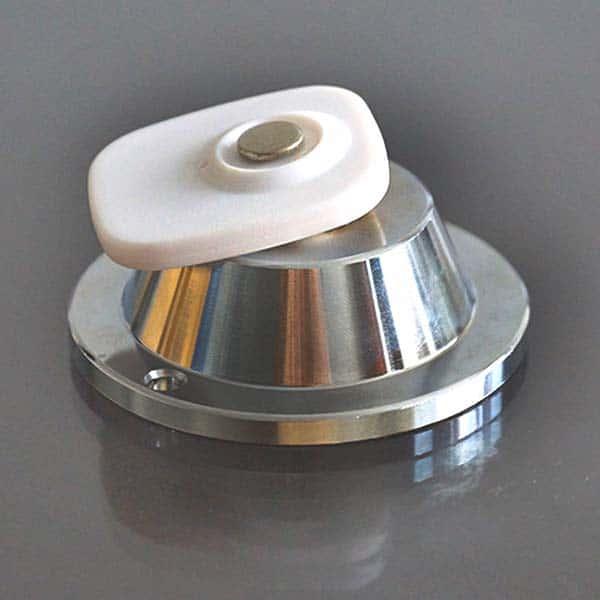 Магнитен детачер отключвател